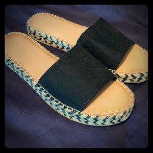 Never worn old navy sandals!